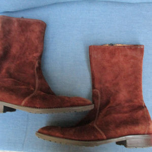J CREW ~ SUEDE BOOTS ~ 9.5 ~ FALL / WINTER STYLE!!